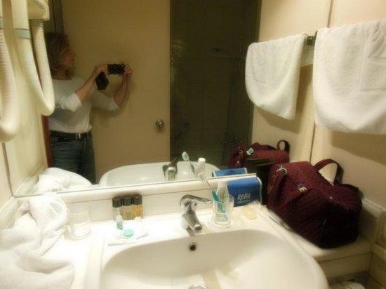 Hotel Mediterranean: salle de bain