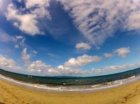 Uprising Beach Resort : Blick direkt von der Villa!