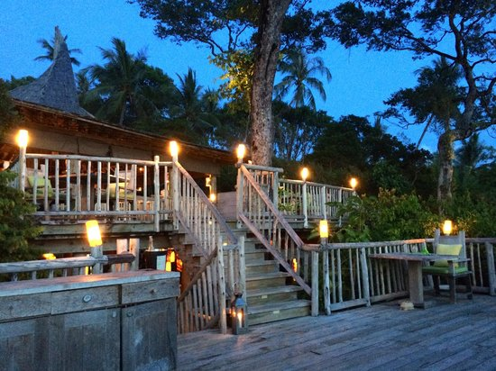 Soneva Kiri Thailand: The restaurant in the grove