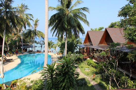 Green Papaya Resort : vue de la salle du petit déjeuner