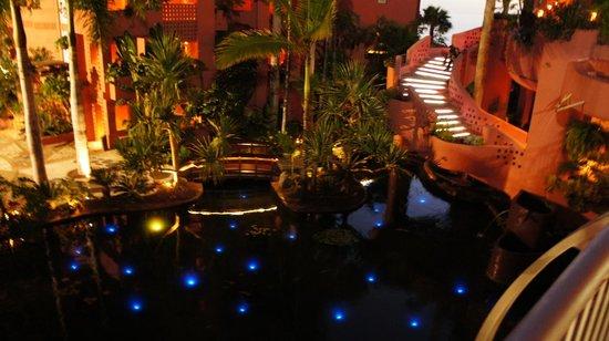 The Ritz-Carlton, Abama: fish pond