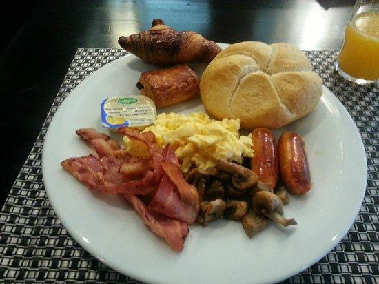 Hampshire Hotel - Eden Amsterdam: English breakfast