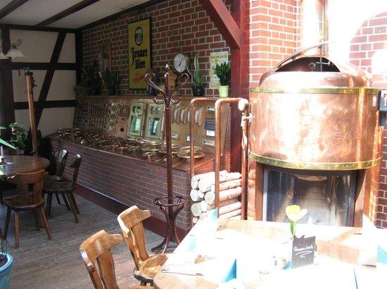 Braugasthof Papiermuhle : dining room/brewery amiance
