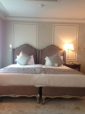 Rixos Pera Istanbul: bed