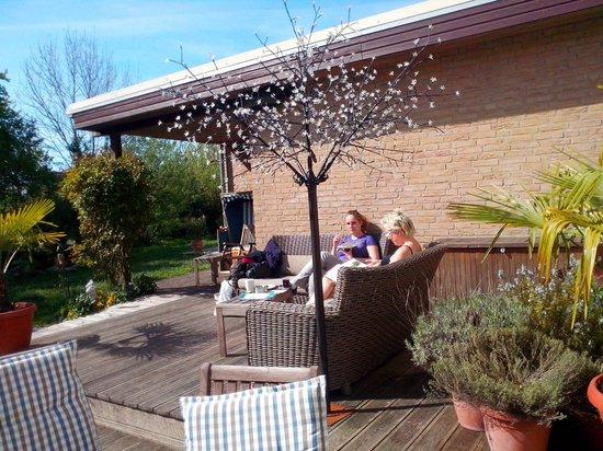 Hotel Palstek: Aussenbereich, Garten