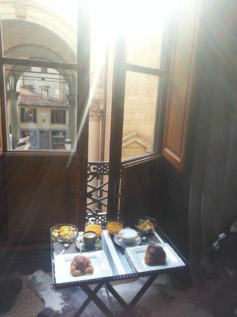 Porcellino Gallery: Colazione in camera...