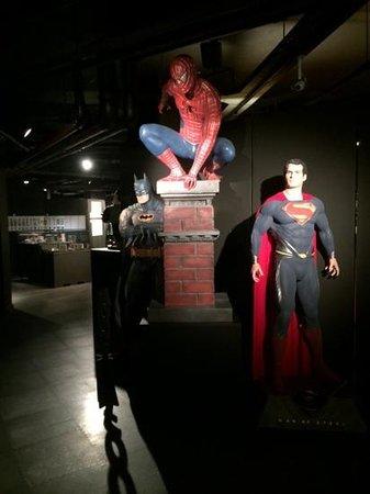 Moof Museum: Superheroes