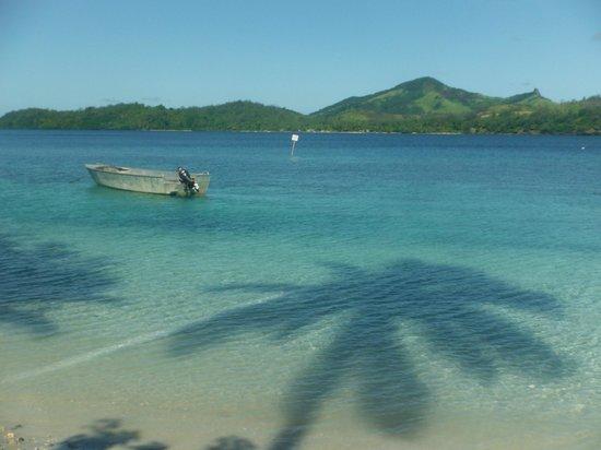 Nanuya Island Resort: A beach view