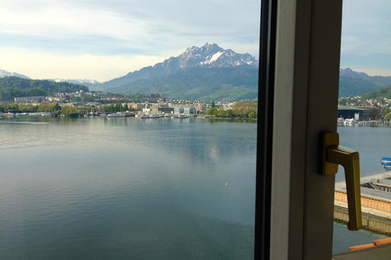 PALACE LUZERN: View from room