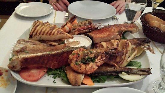 Sultanahmet Fish House : Grigliata mista