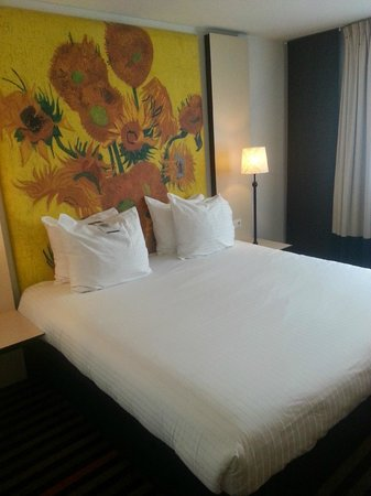 WestCord Art Hotel Amsterdam : The heavenly bed