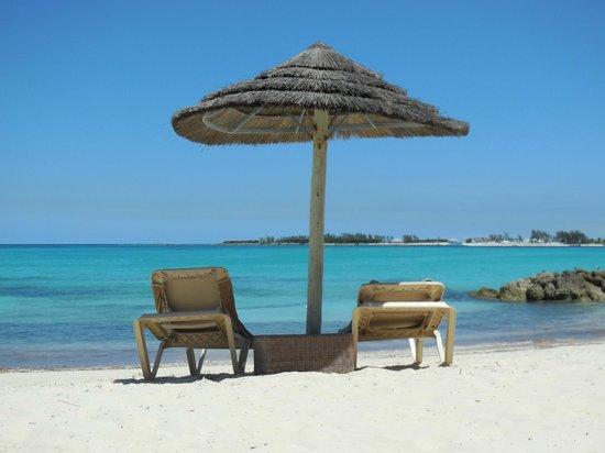 Sandals Royal Bahamian Spa Resort & Offshore Island: beach