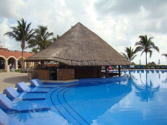 Ocean Coral & Turquesa : pool bar