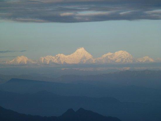 Mount Emei (Emeishan) : The view west