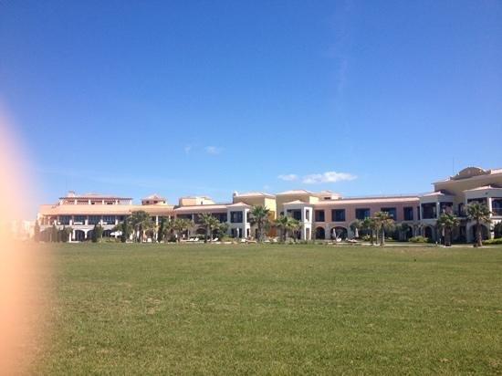 Cascade Wellness & Lifestyle Resort: hotel