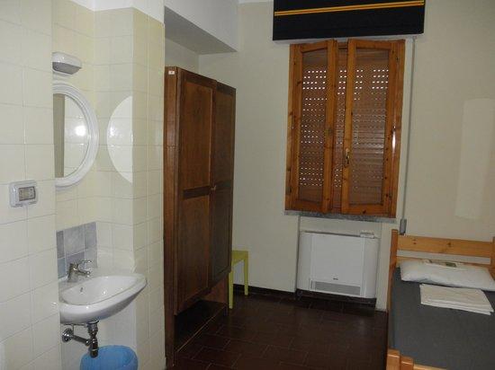 Siena Hostel Guidoriccio: semplice, essenziale e confortevole camera