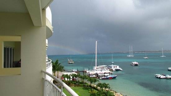 The Villas at Simpson Bay Beach Resort & Marina : Rainbow from our room