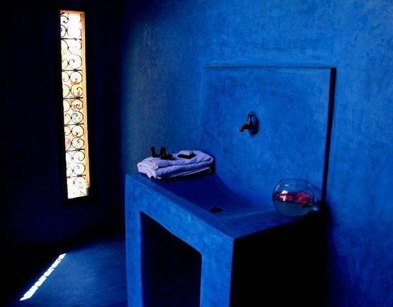 Tafedna, Morocco: Bathroom with traditional Tadlakt