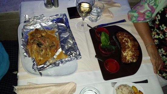 Limos Restaurant Kalkan: LIMOS RESTAURANT BETWEN POST OFICE and Taxi station