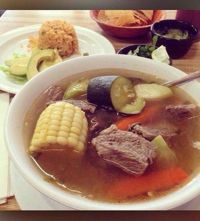 Casa Gazcon Mexican Grill: Caldo