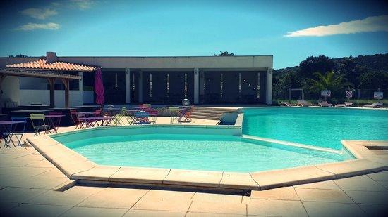 Residence Ribellinu: La piscine du Restaurant