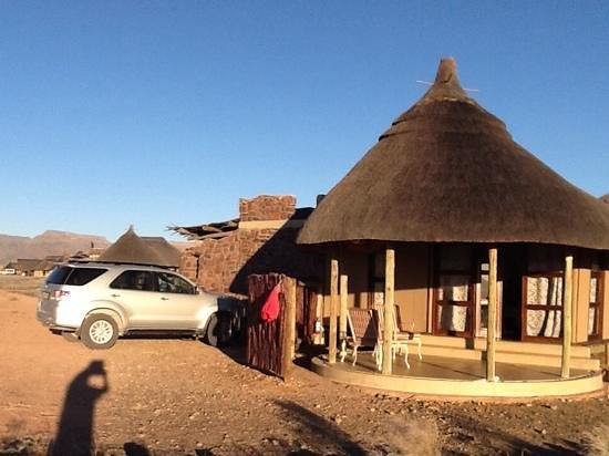 Hoodia Desert Lodge: our wonderful accomodation