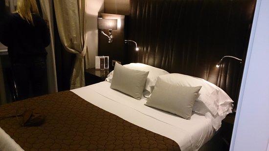 Hotel Artemide: our room