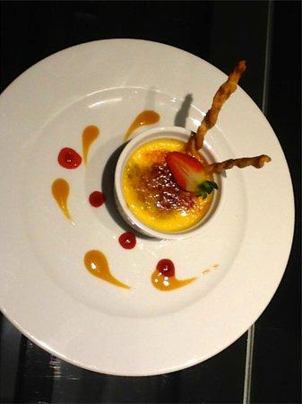 Radisson Acqua Hotel & Spa Concon: delicious roomservice!