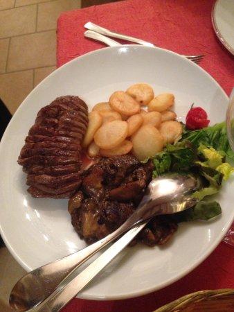 Au Petit Sud Ouest : Petto d'anatra con patate e funghi (ottimo)