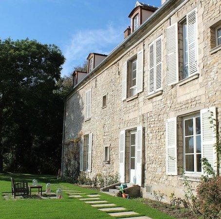 Chambres d'Hotes de Parseval : Le jardin