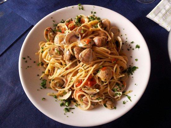 Ristorante Il Pino: Spaghetto alle Vongole