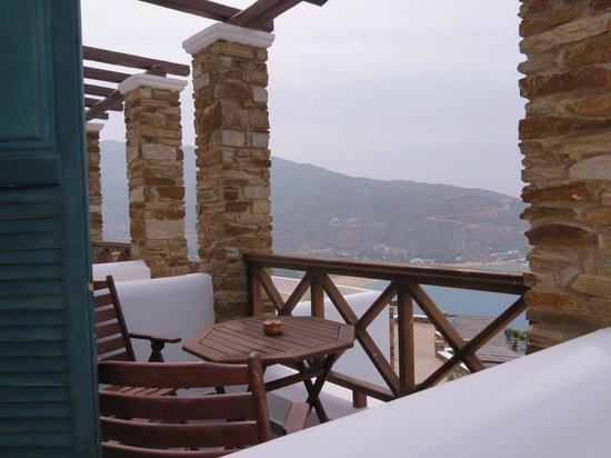 Hotel Katerina: Room 7 terrace view toward Mylopotas beach