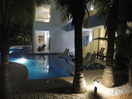 El Dorado Sensimar Riviera Maya: one of the swim ups