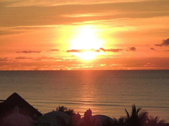 El Dorado Sensimar Riviera Maya: great sunrise