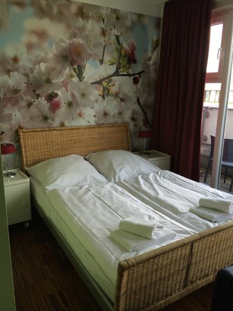 The Circus Hostel: Bed