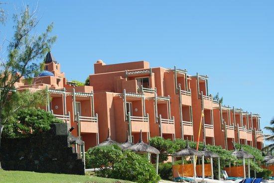 La Palmeraie Boutique Hotel: Hotel from beach
