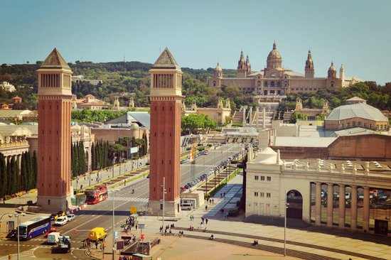 Catalonia Barcelona Plaza: view from the hotel to Palau Montjuic