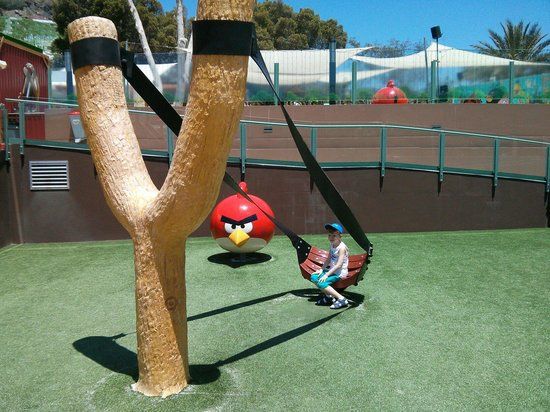 Angry Birds Activity Park Gran Canaria : My 5 year old, about to be catapulted ;-)
