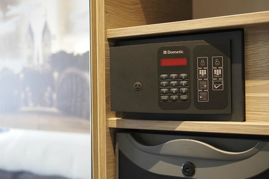 The Alex Hotel: in-room Safe
