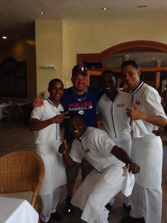 Dreams Punta Cana Resort & Spa : The fabulous waiters at the World Cafe