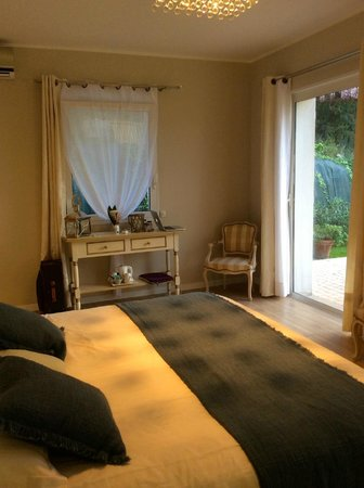 Villa Kilauea B&B : Inside the suite