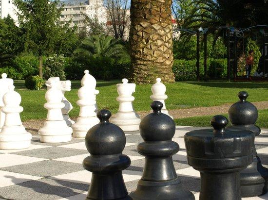 Novotel Porto Gaia: Zicht op tuin