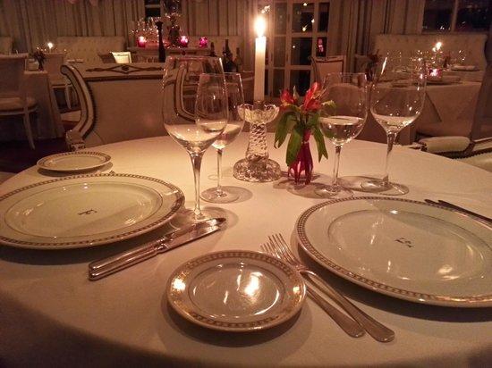 El Bistro: mesa impecable