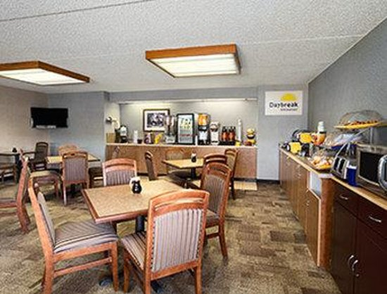 Days Inn Coeur d'Alene: Breakfast Area