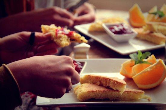 L'Ane Vert : Breakfast Hashra
