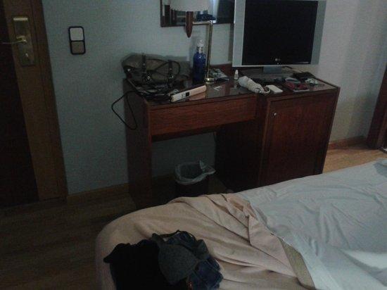 Hotel Rialto: il mobile frigo è vuoto