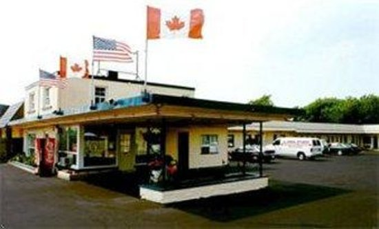 Niagara Inn Motel: The Hotel