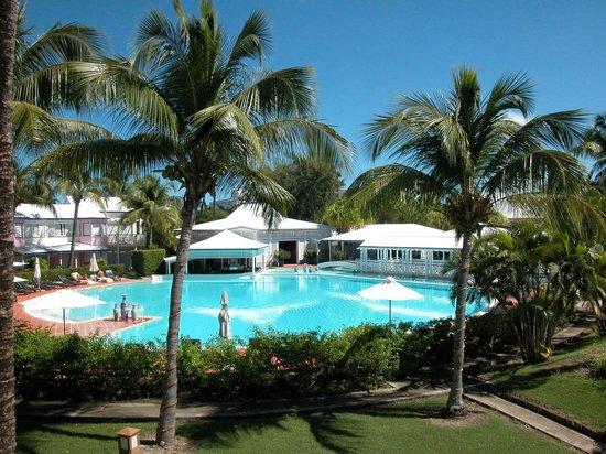 La Cocoteraie: vue piscine