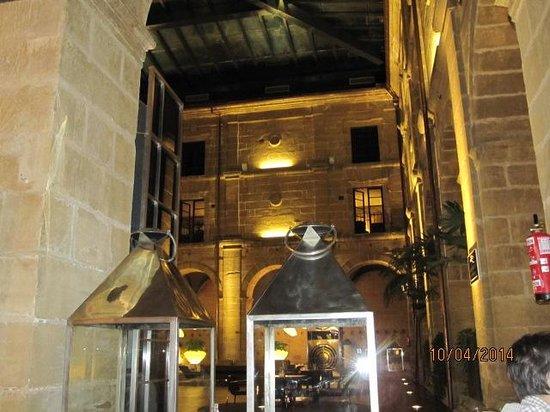 Hotel Los Agustinos : Claustro y comedor