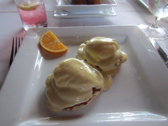 Old Stone Farmhouse: Eggs Benedict